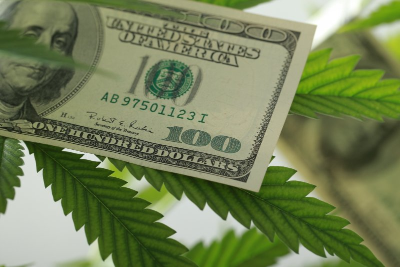 Senator introduces bill to legalize marijuana called S.420